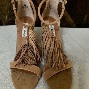 Suede fringed heels by Steve Madden